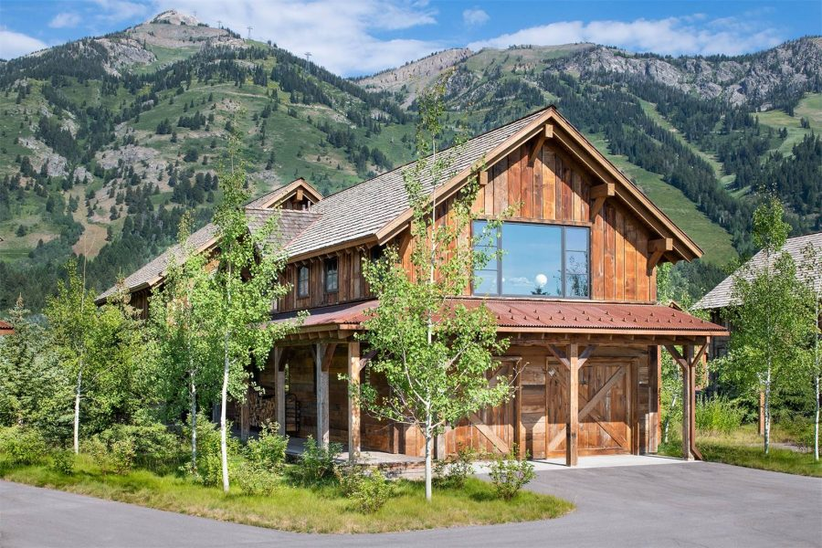 Virtual Reality Tour of the Month: Remarkable Lodge at Shooting Star in Teton Village, Wyoming