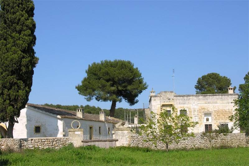 Typical Masseria with features of the Salento style, $1,774,623 USD / 1.600.000 € EUR