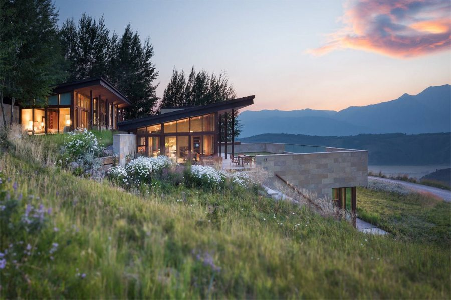 Wide Open Spaces: 5 Homes Perfectly Positioned for Stargazing
