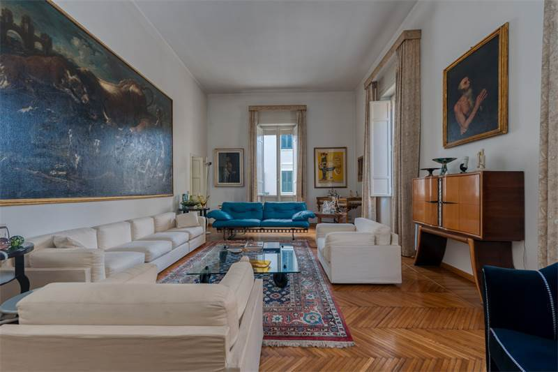 Palazzina Parisi: combination of elegance and rationality, $1,885,537 USD 1.700.000 € EUR