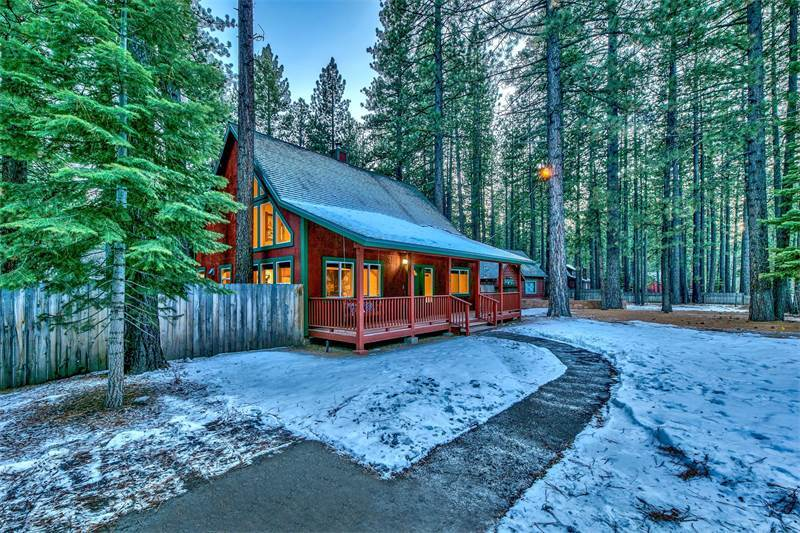 954 Los Angeles Ave, South Lake Tahoe, CA 96150, $649,000 USD