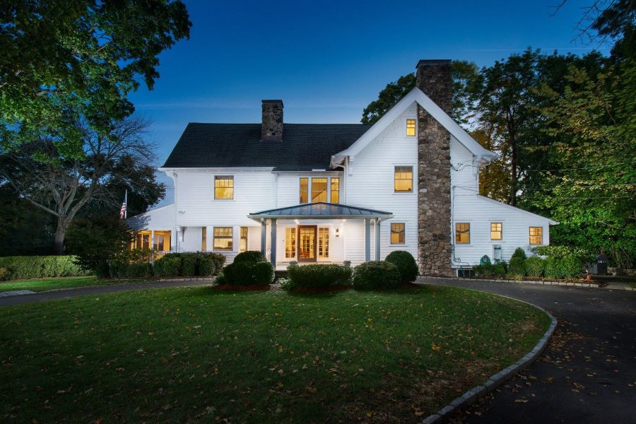 Video of the Week: Take a Virtual Tour of a Timeless Home in New Canaan, Connecticut
