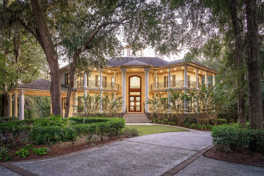 Video of the Week: Take a Virtual Tour of an Elegant Deepwater Estate in Charleston, South Carolina