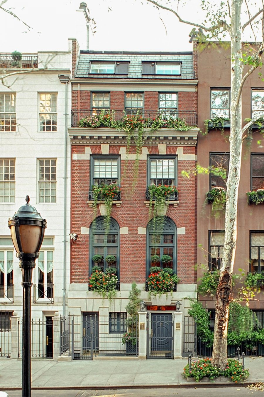 Video of the Week: Take a Virtual Tour of Historic Neo-Georgian Townhouse in New York City
